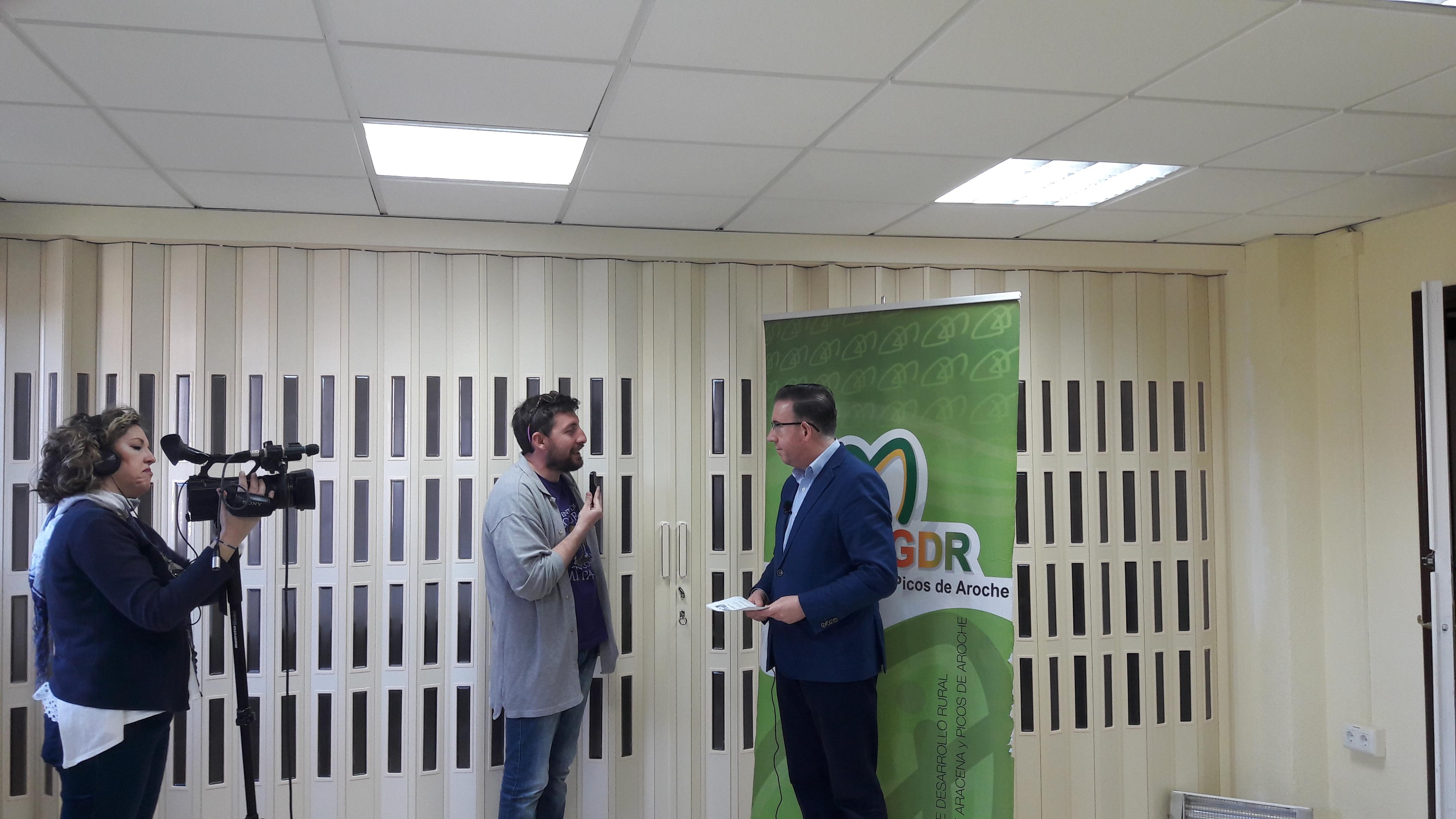 ARRANCA EL PLAN HEBE EN LA SIERRA DE ARACENA Y PICOS DE AROCHE. Un proyecto de colaboración entre el Grupo de Desarrollo Rural y la Diputación Provincial de Huelva para impulsar el empleo juvenil en la Sierra.
